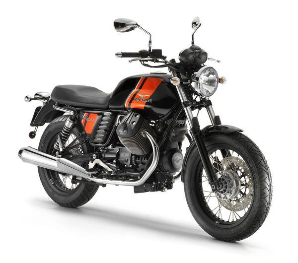 2013 Moto Guzzi V7 Special - front quarter view