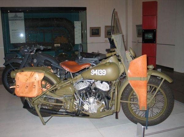 Harley-Davidson 750 WLA