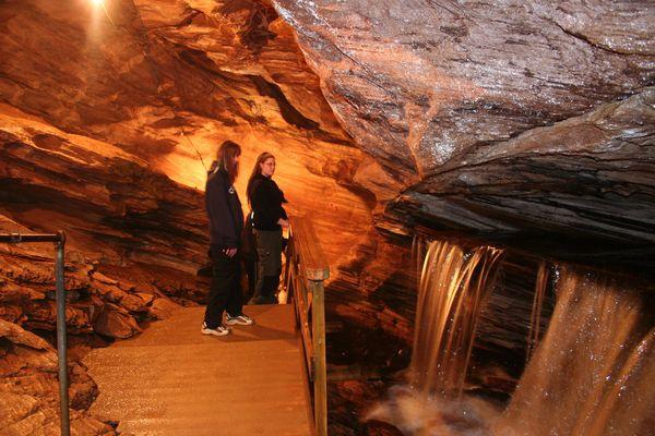 Grønligrotta Caves 2