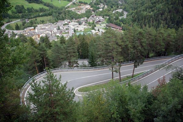 Hairpins on SS26 Italy