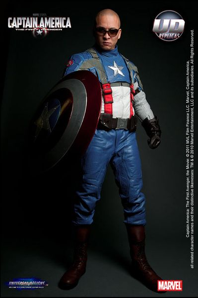 captain_america_motorcycle_suit_1