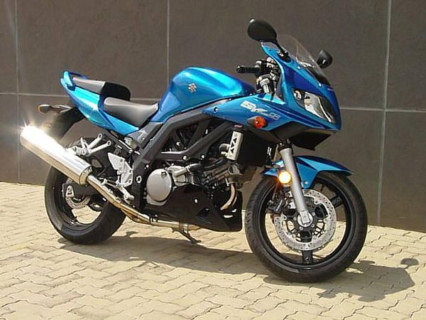 Susuki SV650 standard second generation model with fairings and new styling