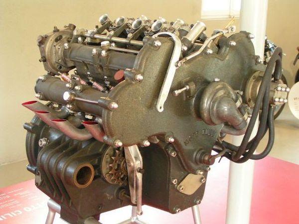 1955 Moto Guzzi 500 cc V8 engine
