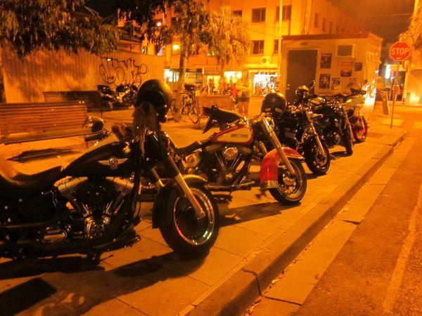bikes-on-Acland