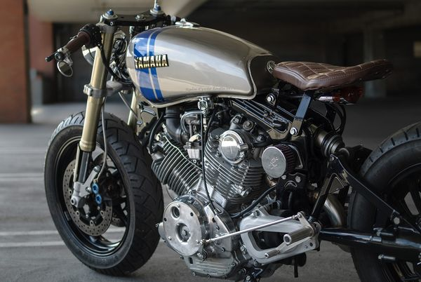 Custom Yamaha Virago by Eric Meglasson