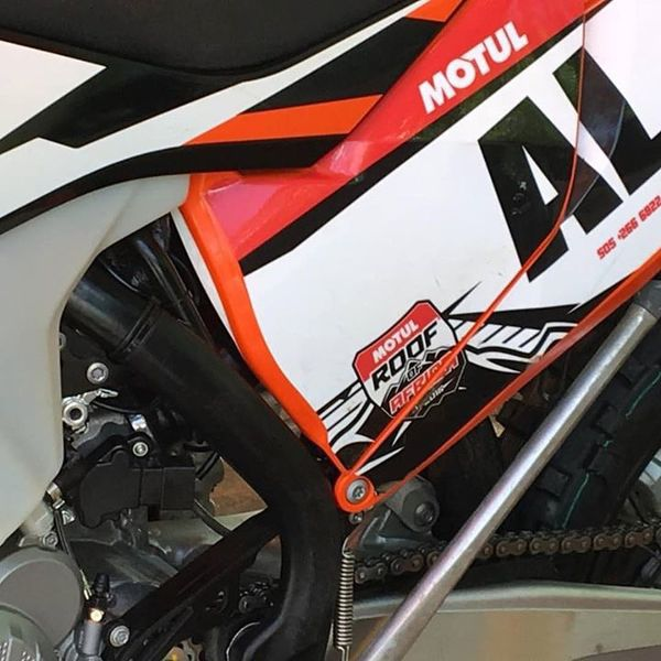 2018 ktm fuel injected 2 stroke. Delighful Stroke Upclose Spy Shot Of The New Goods To 2018 Ktm Fuel Injected 2 Stroke