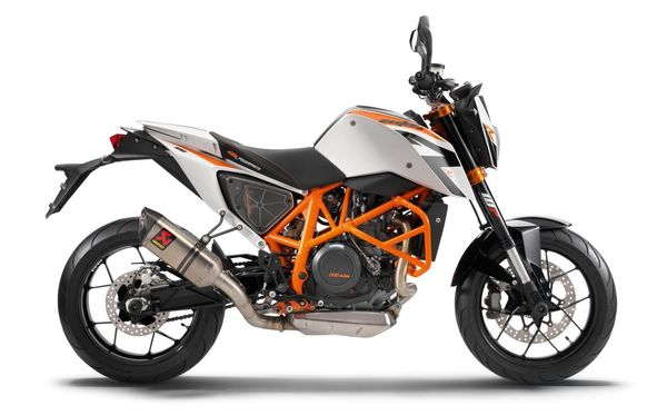 2013 KTM 690 Duke R -  right side view