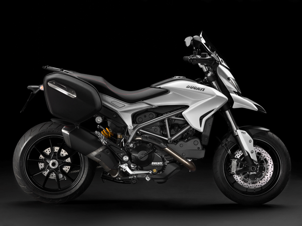 2013 Ducati Hyperstrada - right view