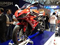 Triumph triumphs with the all new Daytona 675 and 675R in Milan