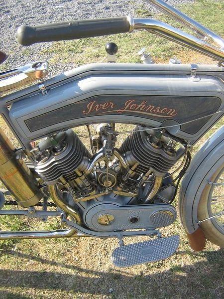 1915 Iver-Johnson Model 15-7 engine
