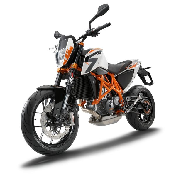 2013 KTM 690 Duke R -  front left quarter view
