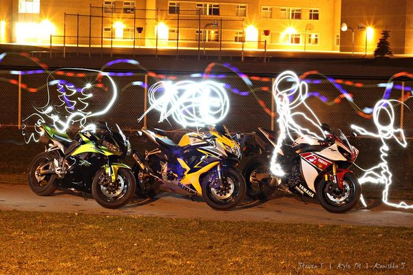 Light painting with CBR600, GSX-R 600 and R1