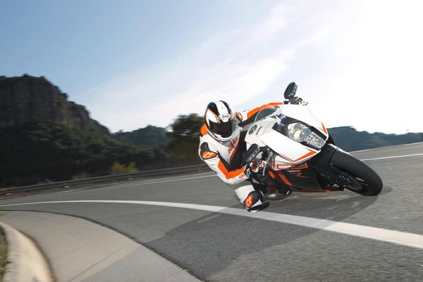2013 KTM 1190 RC8 R in action 2