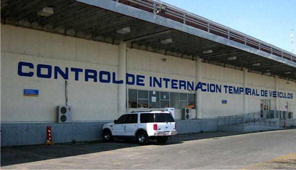 Mexico Border @ Nuevo Loredo