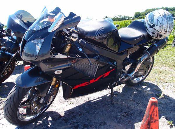 Honda RVT1000R in black