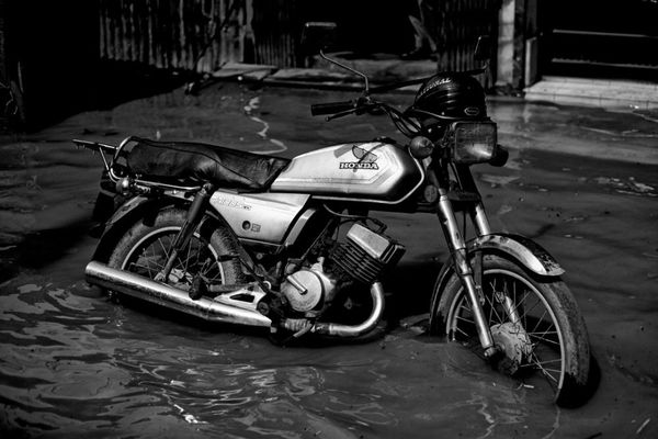 How-to Restore A Motorcycle Damaged By Flood Water | Howto