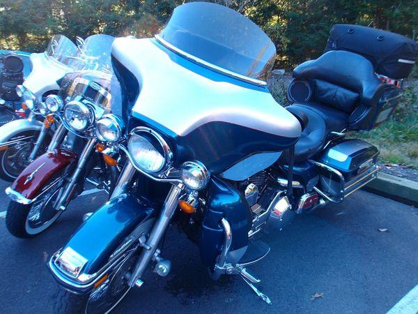 Harleys at Fallingwater parking lot