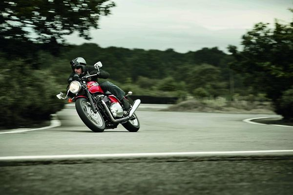 2013 Triumph Thruxton in action