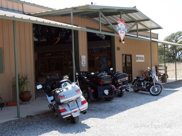 Frio Canyon Motorcycle Shop Parking Lot