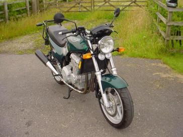 1991 Triumph 900 Trident