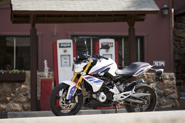 BMW G 310 R Beauty Shot at the Rock Store, Santa Monica Mountains