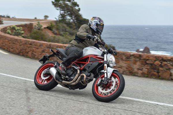 Ducati Monster 797 - Lovin' it