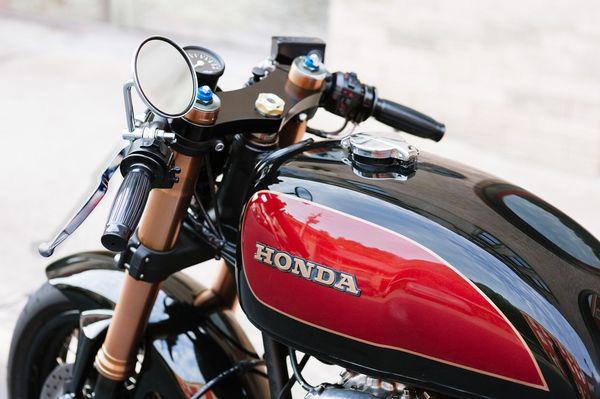 Cognito Moto CB550 by Devin Henriques