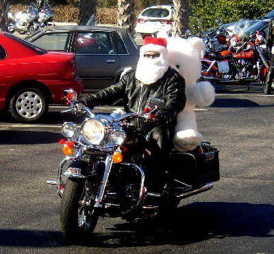 Cruisin' Santa