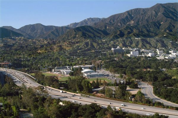 La Cañada Flintridge - Photo Credit: Organizing La Blog - http://esr.cc/KxMOeM-800wi