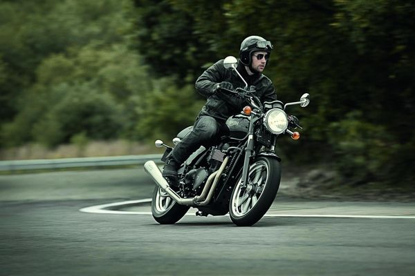 2013 Triumph Bonneville in action