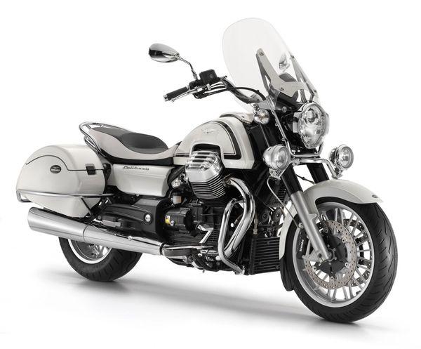 2013 Moto Guzzi California 1400 Touring Eldorado - front quarter view