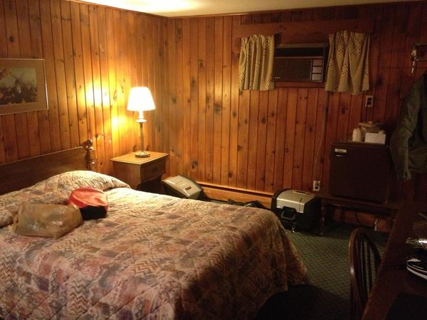 The picture does Gorham Motor inn more justice than it deserves