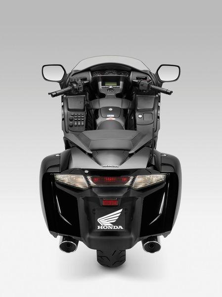 2013 Honda Goldwing F6B - rear view