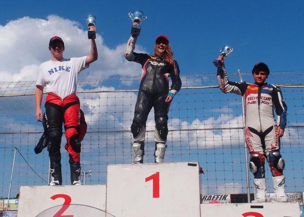 Casas podium round #2, Race #1