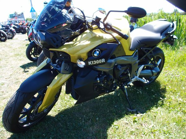 BMW K1300R Muscle Bike