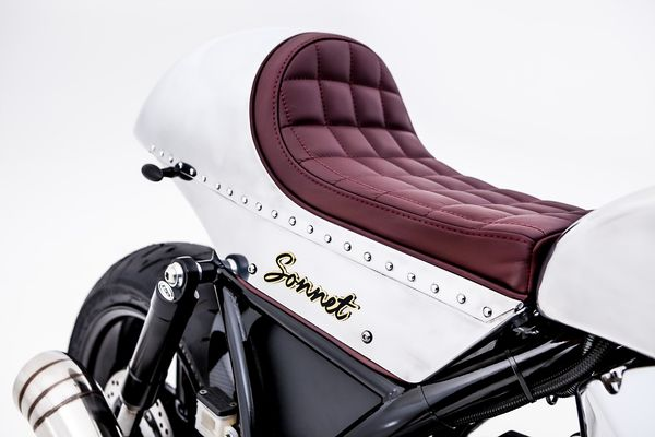 Seat Details - Hesketh Sonnet Motorcycle