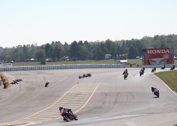 Race #10, CBR250R Crash3