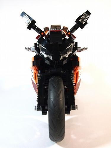 LEGO built front end of the Honda CBR1000RR