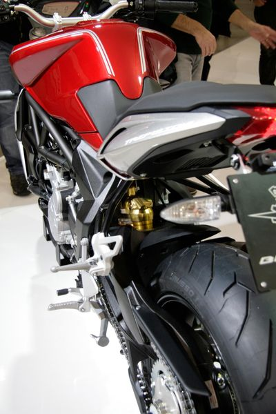 MV Agusta Brutale 800 2013 - Side-rear