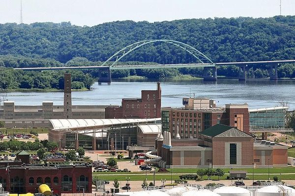 Dubuque Iowa and Wisconsin Bridge