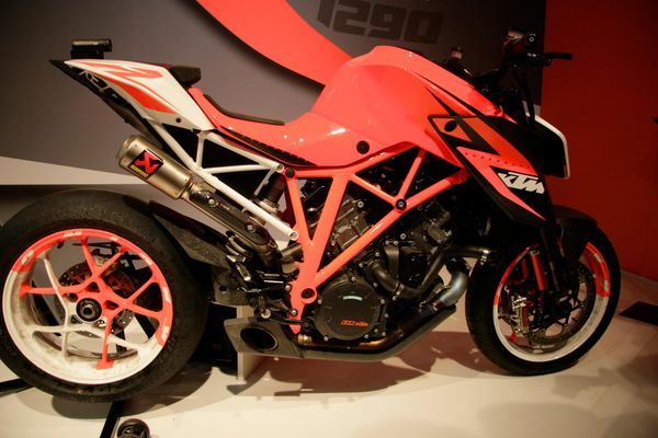 A first look at the KTM Superduke 1290R