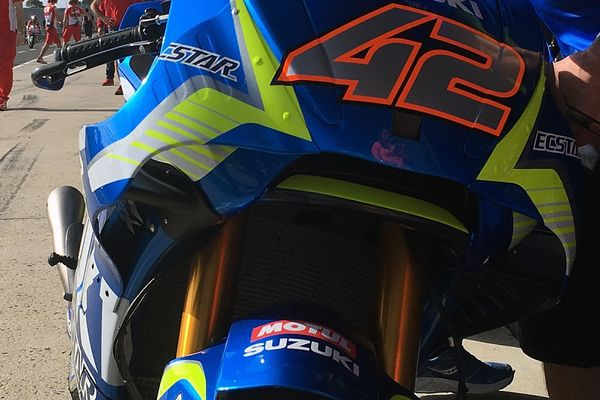 Ecstar Suzuki's Awesome New Front Fairing/Internal Winglet