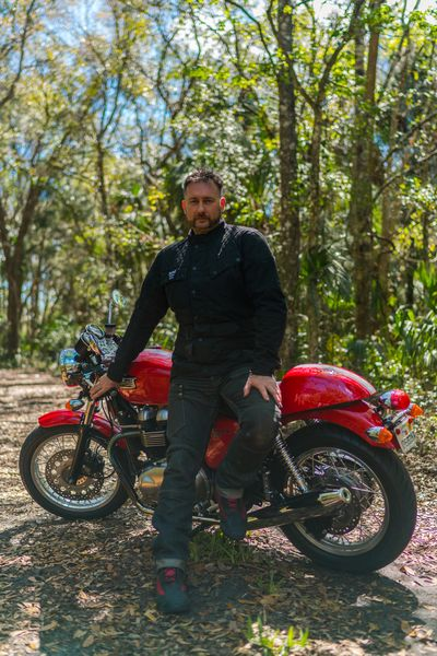 Alex Crookes and his borrowed Thruxton with Nick Dunlop for EatSleepRIDE