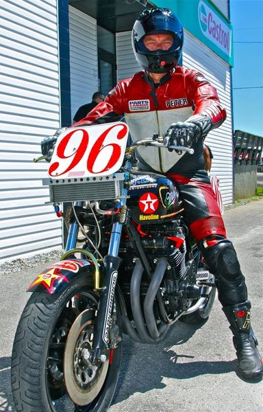 Peter Derry ready to race his vintage Kawi