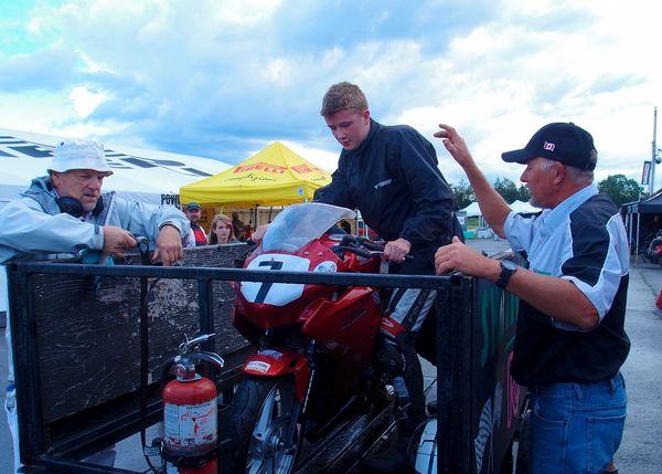 1st Crash Sean Smith - Honda CBR250R CSBK Shannonville