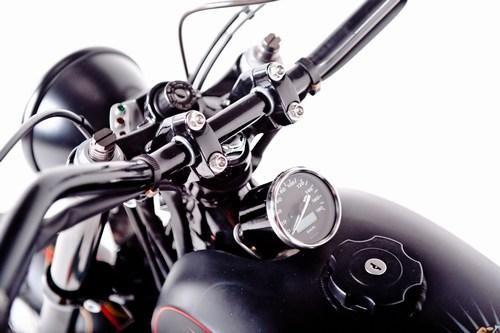 Garage Project Motorcycle's Street Tracker - speedometer