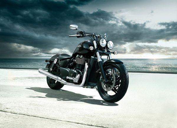 2013 Triumph Thunderbird Storm - in action