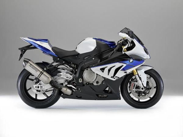 2013 BMW HP4 - right side view