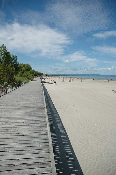Wasaga beach boardwalk