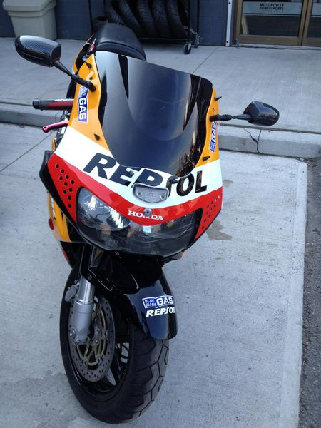 CBR919 Front view
